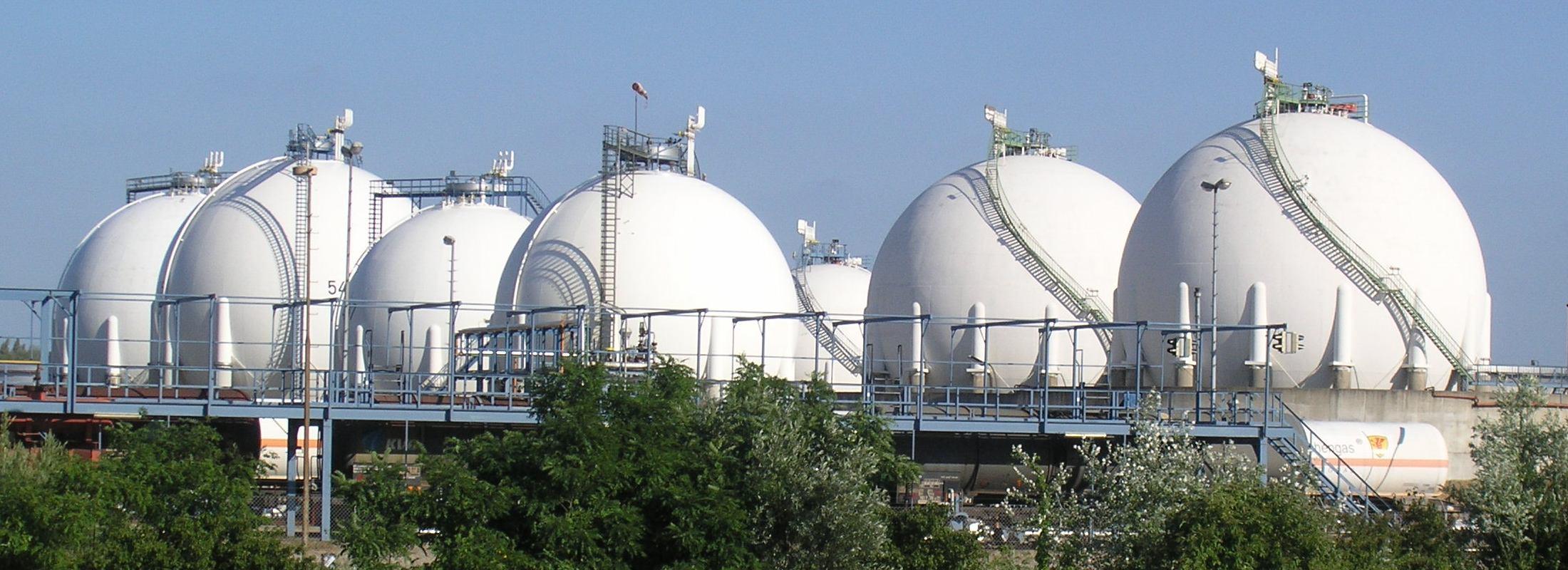 lpg-tanks